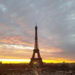 Lever du soleil à la tour Eiffel